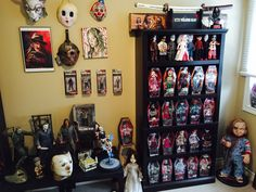 "Horror Home Decor . Horror Home Decor . My ""horror"" Room Halloween Bedroom, Halloween Home Decor, Halloween House, Halloween Decorations, Horror Themes, Horror Decor, Creepy Home Decor, Horror Room, Otaku Room"