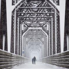 Un ponte pedonale ricoperto di neve #Fredericton #Canada