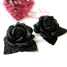12 ACCENT Bellissimo Craft Roses - Black | eFavorMart / Aptly named Bellissimo, that means LOVELY in Italian, these flowers are the true embodiment of loveliness and beauty. With amazing handcrafted and hand-folded design, these glistening satin roses are accented with pretty pearl sprays at the center mimicking the stamens of a real blooming rose. The leaves surrounding the flowers also bear amazing finishing details. Your guests will be wonderstruck to see such beautiful craft flowers that…