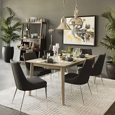 Sample Sunday. Shop the look of CARBON. bit.ly/JLC-CARBON Paint at @HomeDepot Furniture from @LivingSpaces