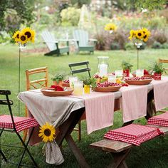 Ideas exterior design backyard picnic tables for 2019 Outdoor Parties, Outdoor Rooms, Outdoor Dining, Outdoor Decor, Rustic Outdoor, Backyard Parties, Bbq Decorations, Decoration Table, Sunflower Table Centerpieces