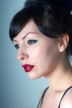 Red red lips.