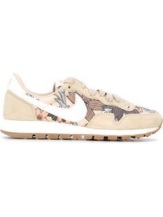Shop Nike 'Air Pegasus 83' sneakers in Voo Store from the world's best independent boutiques at farfetch.com. Shop 300 boutiques at one address.