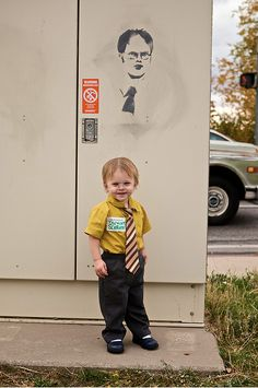 kid dressed up as dwight for halloween. hah.
