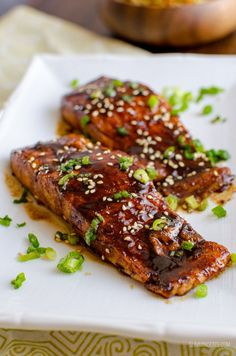 This Teriyaki Salmon with Noodles is a simple low syn delicious dish that the whole family will enjoy. Pan seared salmon drizzled with a homemade sweet Teriyaki Glaze for that perfect Japanese Inspired Healthy Salmon Recipes, Honey Recipes, Healthy Eating Recipes, Fish Recipes, Cooking Recipes, Recipies, Dairy Free Salmon Recipes, Soup Recipes, Paleo Meals