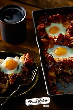 Bacon, Egg and Tomato Breakfast Bake Tomato Breakfast, Bacon Breakfast, Breakfast In Bed, Bacon Egg, Bacon Wrapped, Brunch Recipes, Eggs, Label, Tasty