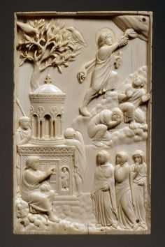 Rembrandt's Room via @RembrandtsRoom  Ascension Day. One of the earliest representations in art is this beautiful ivory, dated c. 400.