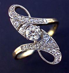 ART NOUVEAU Ring  Gold & Diamond,      Length: 2.5 cm (1 in), European. Circa 1900.