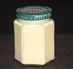 Vanilleaufstrich, statt Frischkäse, Mascarpone nehmem, auch weiße Schokolade mit Früchten möglich