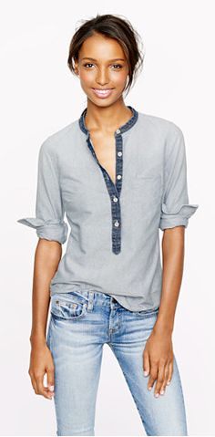 Collarless popover in indigo oxford