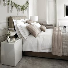 Charlton Bed Linen Collection - Natural   The White Company