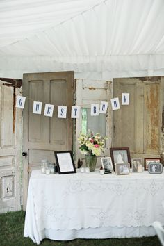 DIY guest book table at wedding reception (Image by The Last Forty Percent)