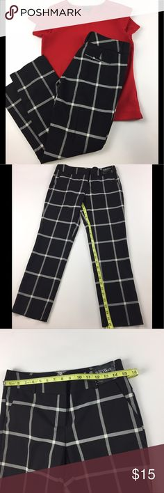 New York & Company Slim Ankle Pants l 2 These super cute pattern ankle pants are a must-have! Pair these pants with a solid color top to complete this look. These pants are 65% polyester, 33% rayon and 2% spandex. Length and waist measurements are in the photos. New York & Company Pants Ankle & Cropped