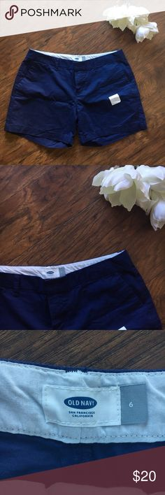 """Old navy blue khaki shorts 5"""" long SIZE 6 NWT Old navy khaki blue shorts length 5"""" size 6   NWT, all my items come from a smoke free home. Old Navy Shorts"""