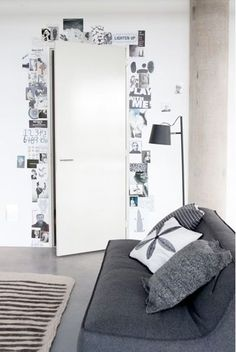 pages around the door Could also use Fam pics! Would be cool for pics in a teen room pages around the door Could also use Fam pics! Would be cool for pics in a teen room Diy Room Decor, Bedroom Decor, Home Decor, Bedroom Ideas, Room Decorations, Bedroom Pictures, Bedroom Inspo, Black Room Decor, Picture Room Decor