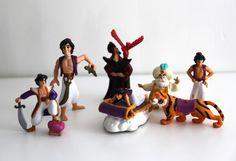 Vintage 90s Aladdin Disney toys figure pvc