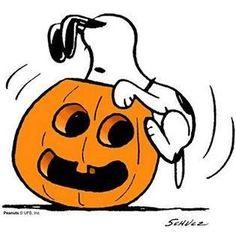 Risultati immagini per halloween snoopy