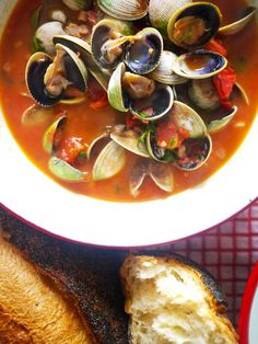 Spiced Tomato & Pancetta Clams - Quick and easy - The sauce makes this awesome soup, perfect for mopping up with big hunks of crusty bread. (Low Carb bread, of course! ;)  / The Londoner