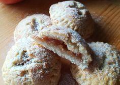 Almás pite falatkák Andreas, Cheddar, Muffins, Bread, Breakfast, Food, Cheddar Cheese, Muffin, Meal
