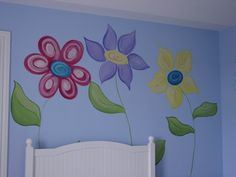 Fresh Paint | Murals Giant Flowers - Renewing in me my love for painting murals. This is a great web site...I'm borrowing several of theirs!