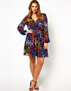 Image 4 of ASOS CURVE Exclusive Wrap Dress in New Feather Print
