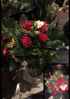 24.11.17 Lagde en til bukett med roser, alstroemeria, kongler og krans. Satt i spiral. Jeg er fornøyd med formen og spiralen. Etter snitting på nytt, satt i vase, priset jeg bukettene og satt ut i utstilling