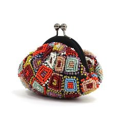 Granny squares with beads. Diy Beaded Coin Purse, Crochet Coin Purse, Crochet Pouch, Diy Purse, Beaded Purses, Beaded Bags, Crochet Purses, Bead Crochet, Embroidery Jewelry