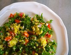 This Kale and Quinoa Summer Salad is great for making ahead and packing up for the workweek! It's filling with hearty vegetables, creamy avocado, and a lemon-garlic vinaigrette.
