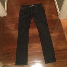 Banana Republic - skinny jeans - 28 dark denim skinny jean - banana republic - size 28 (around a 6) Banana Republic Jeans Skinny
