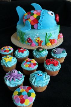 Under the Sea Theme Cake and Cupcakes by Lulabelle, Melbourne, Victoria, Australia. You'll find this Cake Appreciation Society Member in our Directory at www.cakeappreciationsociety.com