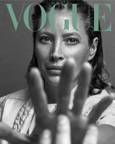 Turlington Covers Vogue Mexico May 2019 Christy Turlington Covers Vogue Mexico May 2019 - Minimal.Christy Turlington Covers Vogue Mexico May 2019 - Minimal. Vogue Covers, Vogue Magazine Covers, Fashion Magazine Cover, Fashion Cover, Magazine Art, Look Magazine, Model Magazine, Christy Turlington, Vogue Photography