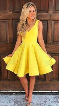 Homecoming Dresses Knee Length, Yellow Homecoming Dresses, Knee Length Dresses, Prom Dresses, Bridesmaid Dresses, Vegas Dresses, 1950s Dresses, Dance Dresses, Vintage Dresses