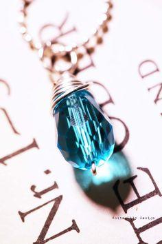 Teal Crystal Necklace.  #ecrafty @ecrafty #ballchains