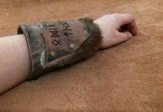 Leather bracelet with Viking Runes: ODIN von Elbengard auf Etsy