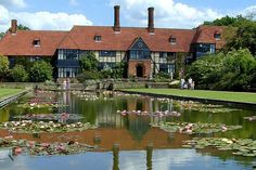 English country charm - Wisley Gardens, Surrey, England
