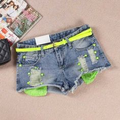 Fresh Color Studs Distressed Denim Shorts