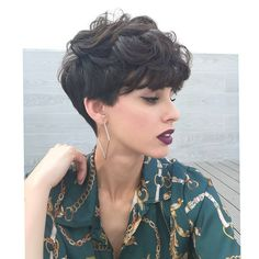 21 snazzy short layered haircuts for women short hair 2019 17 21 snazzy short layered haircuts for women short hair 2019 17 VexaLee Home DecorFashionDIY 038 Craft Ideas vexalee Female Hairstyles nbsp hellip hair women Layered Haircuts For Women, Short Hair Cuts For Women, Short Textured Haircuts, Layered Curly Hair, Short Curly Hair, Wavy Pixie Cut, Wavy Hair, Curly Hair Styles, Short Hairstyles For Women