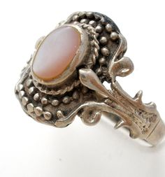 Sterling Silver Pink Mother of Pearl Ring Size 8.5