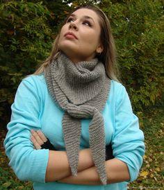 Купить Бактус вязаный серый (шарф, шейный платок) Mr. Gray шерсть в интернет магазине на Ярмарке Мастеров