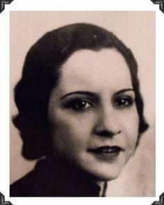 Evelyn Billie Frechette, girlfriend of John Dillinger.