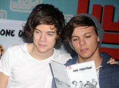 Apparently Louis doesn't get embarrassed that easily :) http://www.unrealitytv.co.uk/x-factor/one-directions-louis-tomlinson-reveals-harry-styles-embarrassing-moment/?utm_source=dlvr.it&utm_medium=twitter&utm_campaign=one-directions-louis-tomlinson-reveals-harry-styles-embarrassing-moment