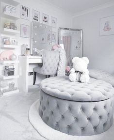 Top Beautiful Teen Room Decor For Girls - Decor Teen Bedroom Designs, Bedroom Decor For Teen Girls, Cute Bedroom Ideas, Cute Room Decor, Room Ideas Bedroom, Teen Room Decor, Twin Girl Bedrooms, Blue Bedrooms, Dressing Room Decor