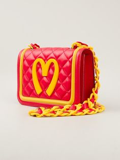 2beec0a23c59 and they made fun of me in 1998 for MCDONALDS COUTURE lol --  mcdonalds