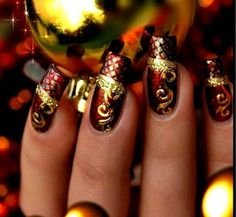 I just love gold designs on dark colors ! Classy !!!
