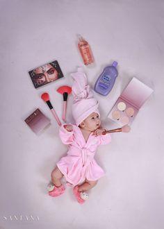 Monthly Baby Photos, Newborn Baby Photos, Baby Girl Newborn, Cute Baby Wallpaper, Baby Girl Pictures, Foto Baby, Girl Baby Shower Decorations, Newborn Baby Photography, Instagram