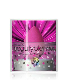 Beautyblender-beautyblender pro single makeup sponge with cleanser 1 ea Luxury Beauty, My Beauty, Beauty Makeup, Beautyblender, Makeup Shelves, Beauty Blender Sponge, Foundation Sponge, Apply Foundation, Runway Makeup