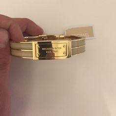 BRAND NEW!!!!! Michael Kors bracelet Comes with bag. Brand new with tags! MICHAEL Michael Kors Jewelry Bracelets