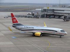TUIfly; Im Zug zum Flug D-ATUE; #Boeing #B737-800