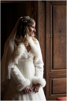 Romantic love story with a wedding in Beaujolais at Chateau de Bagnols