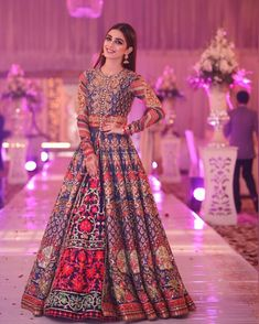 The latest collection of Bridal Lehenga designs online on Happyshappy! Find over 2000 Indian bridal lehengas and save your favourite once. Pakistani Wedding Outfits, Indian Bridal Outfits, Pakistani Bridal Dresses, Pakistani Wedding Dresses, Pakistani Dress Design, Indian Designer Outfits, Bridal Lehenga, Anarkali Lehenga, Indian Wedding Gowns